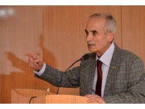 """Gazeteci - Yazar Hikmet Köksal'dan Öğrencilere """"Kişisel İmaj"""" Semineri"""