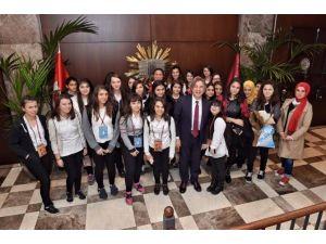 Pasaport Programıyla 100 Bin Çocuk Kültür Gezisi Yaptı