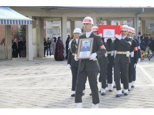 Jandarma Astsubay Üstçavuş Seçkin Çil, son yolculuğuna uğurlanıyor
