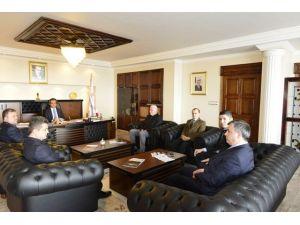 Sağlık-sen Zonguldak Şubesi Rektör Mahmut Özer'i Ziyaret Etti