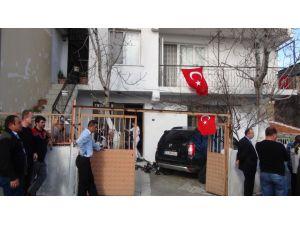 İzmir'e üç şehidin ateşi düştü