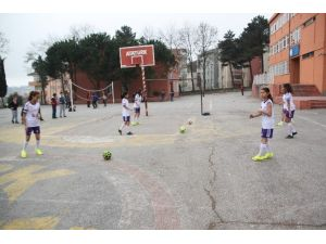 Beton Zeminde Çalışıp Türkiye Şampiyonluğu Hedefliyorlar