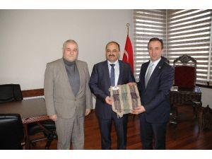 Hanönü Belediye Başkanı Uçar Rektör Aydın'ı Ziyaret Etti