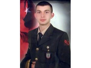 Şehit Uzman Çavuş Güneş'in İstanbul'daki Evine Ateş Düştü