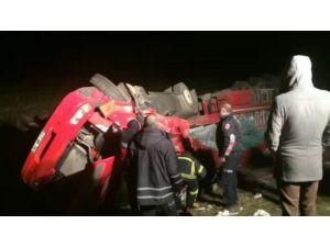 Şırnak'ta kaza: TIR'da sıkışan sürücü ağır yaralandı