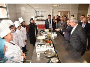 Başkanlar, Kar-mek Mutfağı'nda