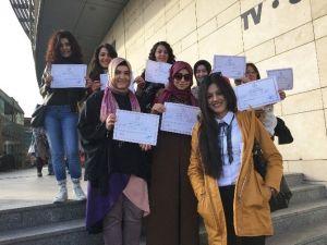 Hüma Sultan Hanım Evi'nde 45 Kadın Daha İşaret Dili Sertifikası Aldı