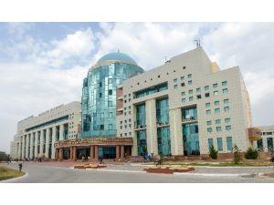 Ahmet Yesevi Üniversitesi Tıp Fakültesi Hastanesi Güney Kazakistan Eyalet Bölge Hastanesi Oldu