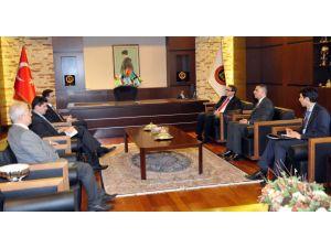 Çek Büyükelçi: Kârlı, kazançlı işbirlikleri için ziyaretler yapıyorum