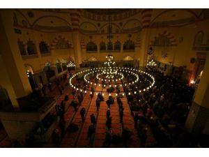 Akyazı'da Şehit Ve Gazileri Anma Programına Yoğun İlgi