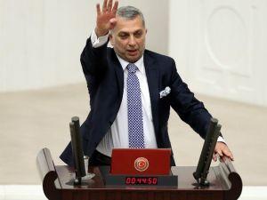 """AK Partili Külünk'ten """"Teröristler Vatandaşlıktan Çıkartılsın"""" Teklifi"""