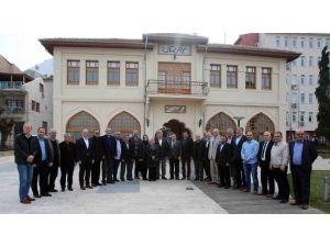 Başkan Karaosmanoğlu, ''Karamürsel'de Olmazsa Olmaz İşleri Yaptık''