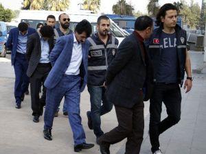 Antalya'da Uyuşturucu Operasyonu: 3'ü Yabancı Uyruklu 14 Gözaltı