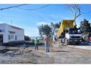 Ayvalık Belediyesi Akaryakıt İstasyonunda Çalışmalar Tam Gaz
