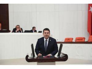 MHP'li Ersoy, etnik kimliklerin gereğinden fazla öne çıkartılmasını eleştirdi