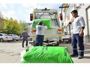 Yıldırım'da Tekstil Atıkları Çevreyi Kirletmiyor