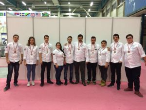 Selçuk'un aşçıları 7 gümüş ve 3 bronz madalya kazandı