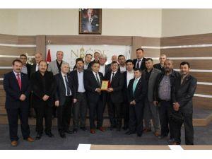 Muhtarlardan Başkan Akdoğan'a Teşekkür Ziyareti