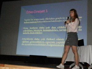 Foça'da Liselilere Öfke Kontrolü Eğitimi
