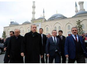 """Cumhurbaşkanı Erdoğan: """"Ankara Saldırısını Yapan YPG'dir"""""""