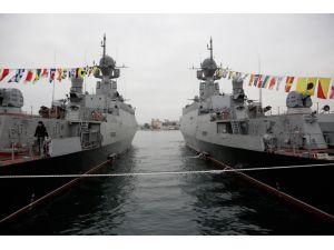 Rusya, Akdeniz'e iki adet savaş gemisi gönderdi