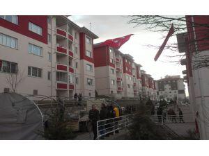 Şehit Üstçavuş Gümüş'ün Ankara'daki evine ateş düştü