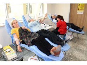 Denizli'de Bir Günde 278 Ünite Kan Bağışı Yapıldı