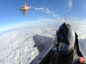 HİK'ler Tespit Etti, Türk F-16'lar Kandil'e Bomba Yağdırdı