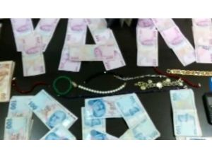 Dolandırıcıyı Marketçi Kılığına Giren Polis Yakaladı