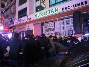 MHP'liler Parti Binası Önünde Birbirine Girdi