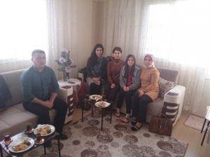 Öğrenciler Evlerinde Ziyaret Ediliyor