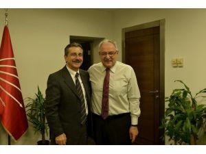 Başkan Ataç'tan CHP Yeni MYK'ya Ziyaret