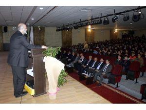 Prof. Dr. Ay, Mezun Olduğu Okulun Öğrencileri İle Bir Araya Geldi