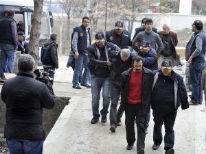 Ankara'daki saldırıya ilişkin 21 kişi adliyeye sevk edildi