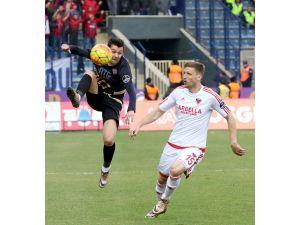 Osmanlıspor FK: 3 - Mersin İdmanyurdu: 1