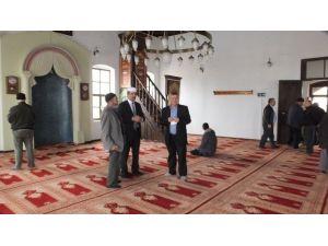 Burhaniye'de Tarihi Cami Restore Edildi