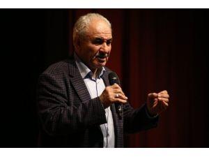 Prof. Dr. Vakkasoğlu'ndan Öğrencilere Seminer