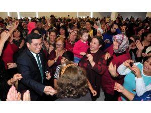Kepez'de Kadılar Matinesi Devam Ediyor