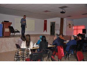 Pınarbaşı'nda Proje Hazırlama Semineri Verildi