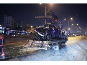 Ataşehir'de kaza: D-100 karayolunda yoğunluk yaşandı