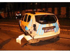 Alkollü Sürücü Polis Aracına Çarptı