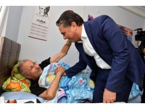 Yaşlı Vatandaşlardan Başkan Uysal'a Teşekkür