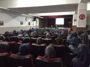 Milletvekili Gizligider İmam Hatip Lisesi Öğrencileriyle Biraraya Geldi