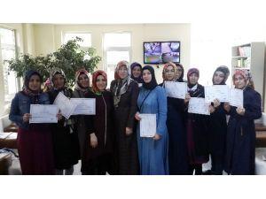 Hanımlar Arapça Sertifikası Aldı