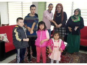 Engelli Çocuklara Sevgi İzi Yapıldı