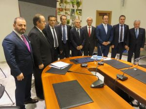 İzmir-Selanik arasındaki dostluk bağları ticari anlaşmalarla güçlenecek