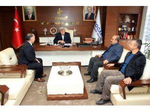 Başkan Karaosmanoğlu Erzurum Ve Samsunluları Ağırladı