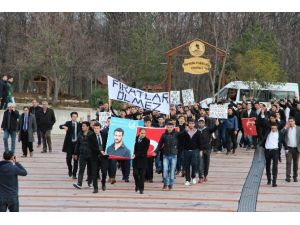 Ülkücüler OMÜ'de Fırat Çakıroğlu'nu Andı