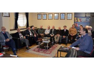 Trabzonspor'da Eski Başkanlar Ve Kurullar Toplandı
