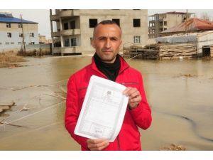 Van'da Evler Su Altında Kaldı